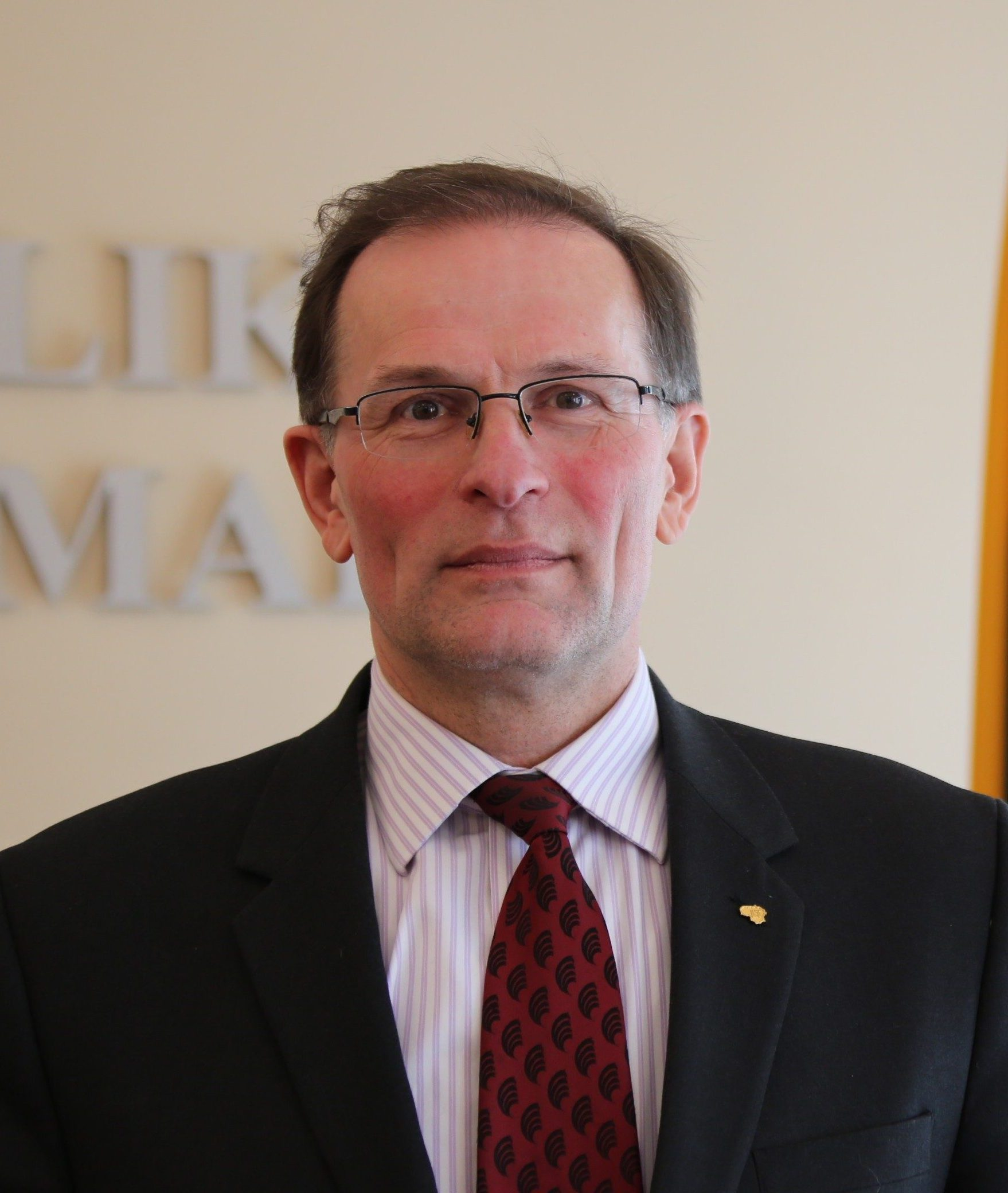 Dr.Arūnas Svitojus